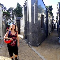 A crossroad in Recoleta Cemetery