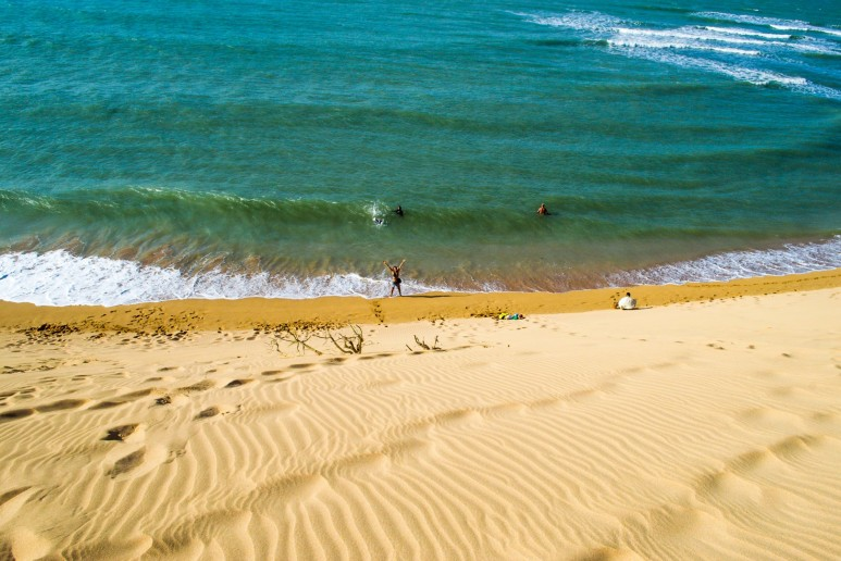 Dune straight into sea